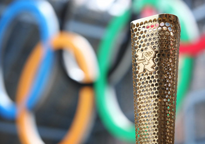 The London 2012 Olympic Torch Design