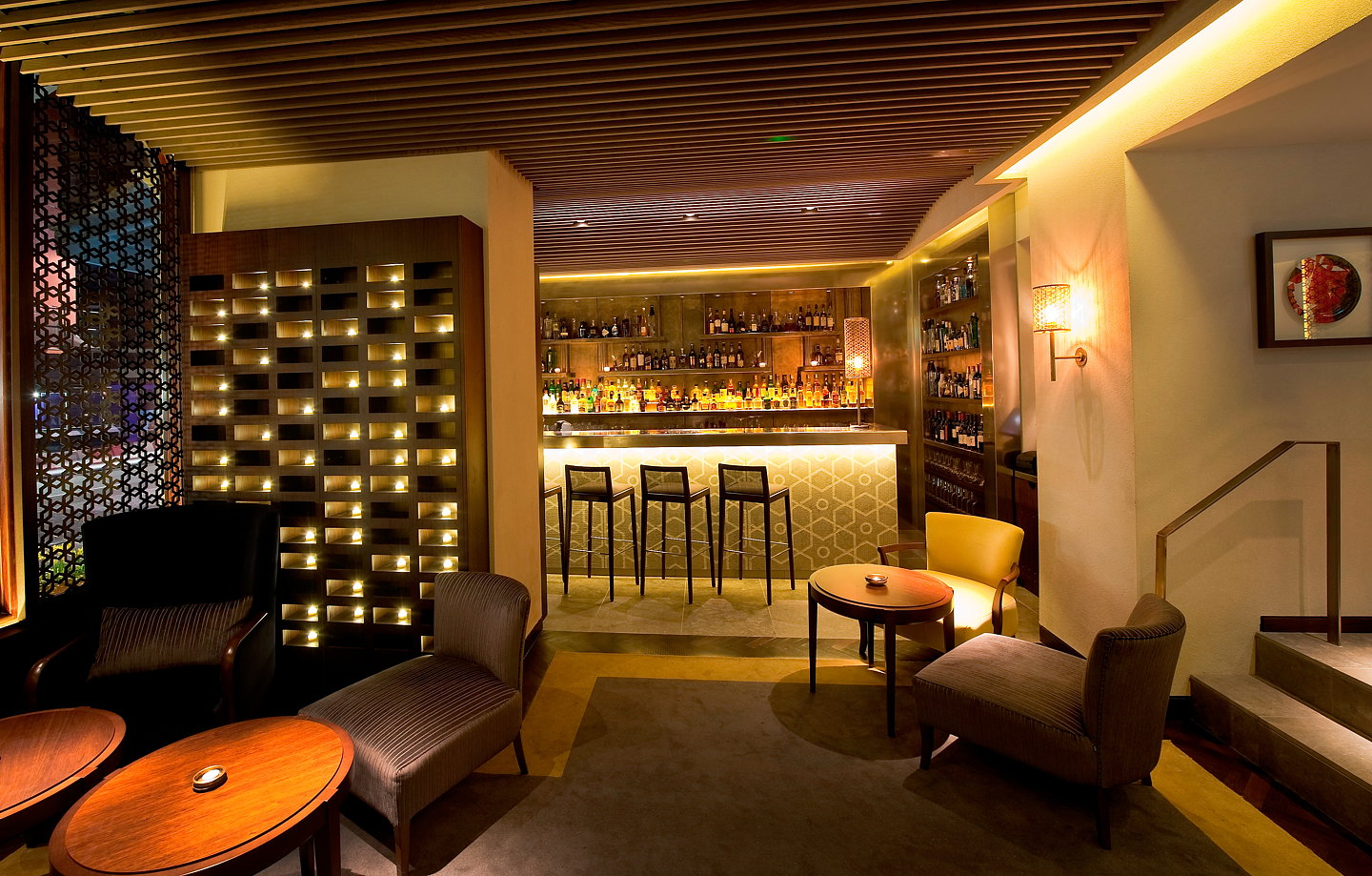 Quilon Restaurant Interior 01 ...