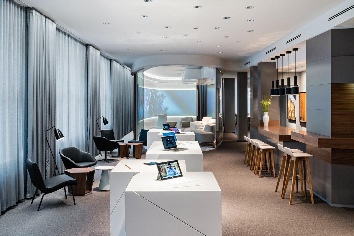 microsoft center berlin. Black Bedroom Furniture Sets. Home Design Ideas