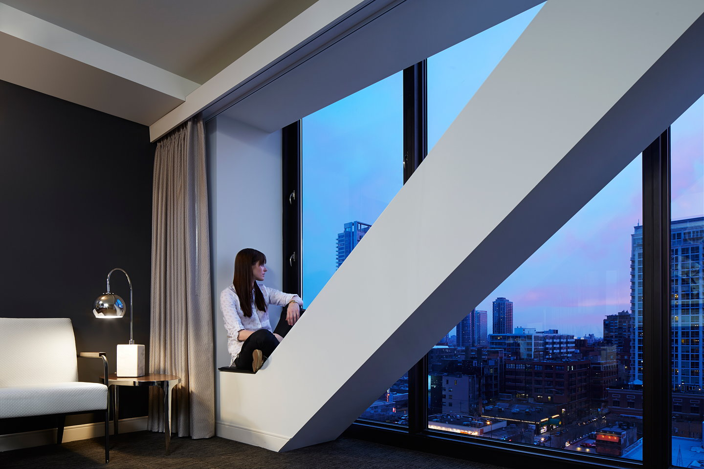 Godfrey hotel chicago by valerio dewalt train associates for Godfrey design build
