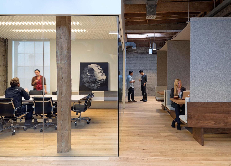 Giant Pixel HQ by Studio O A