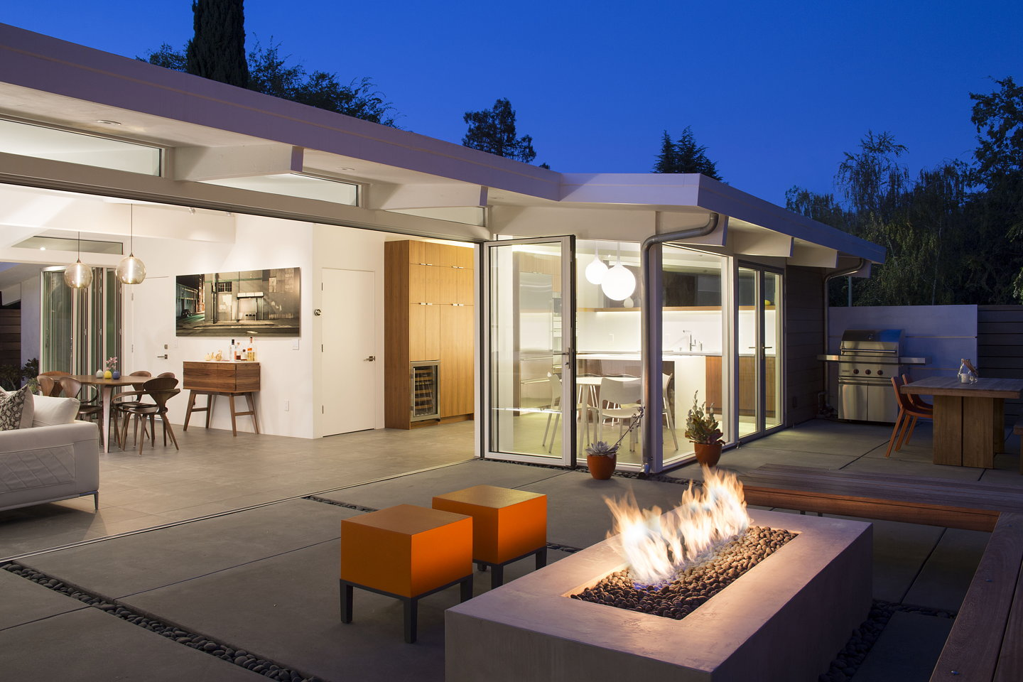 Truly Open Eichler Home by Klopf Architecture