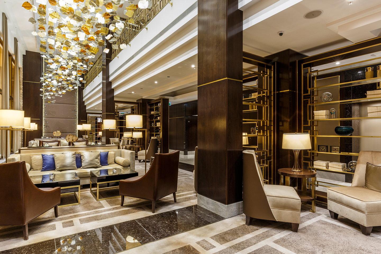 Hotel lobby furniture -  Hilton Hotel Budapest 10