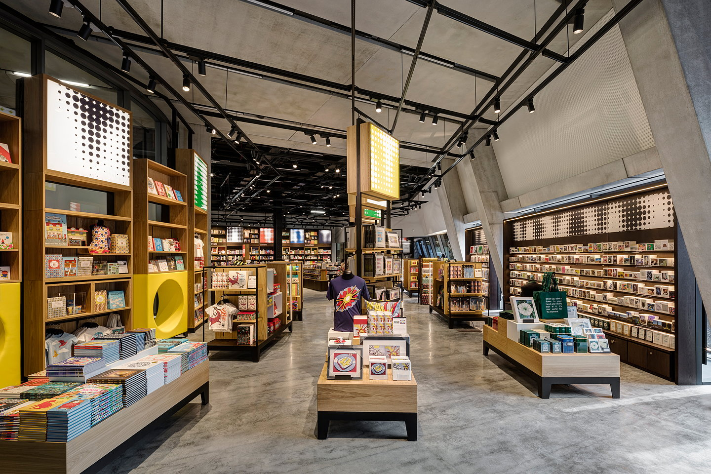 Uxus designs new tate modern retail space - Interior design for retail stores ...