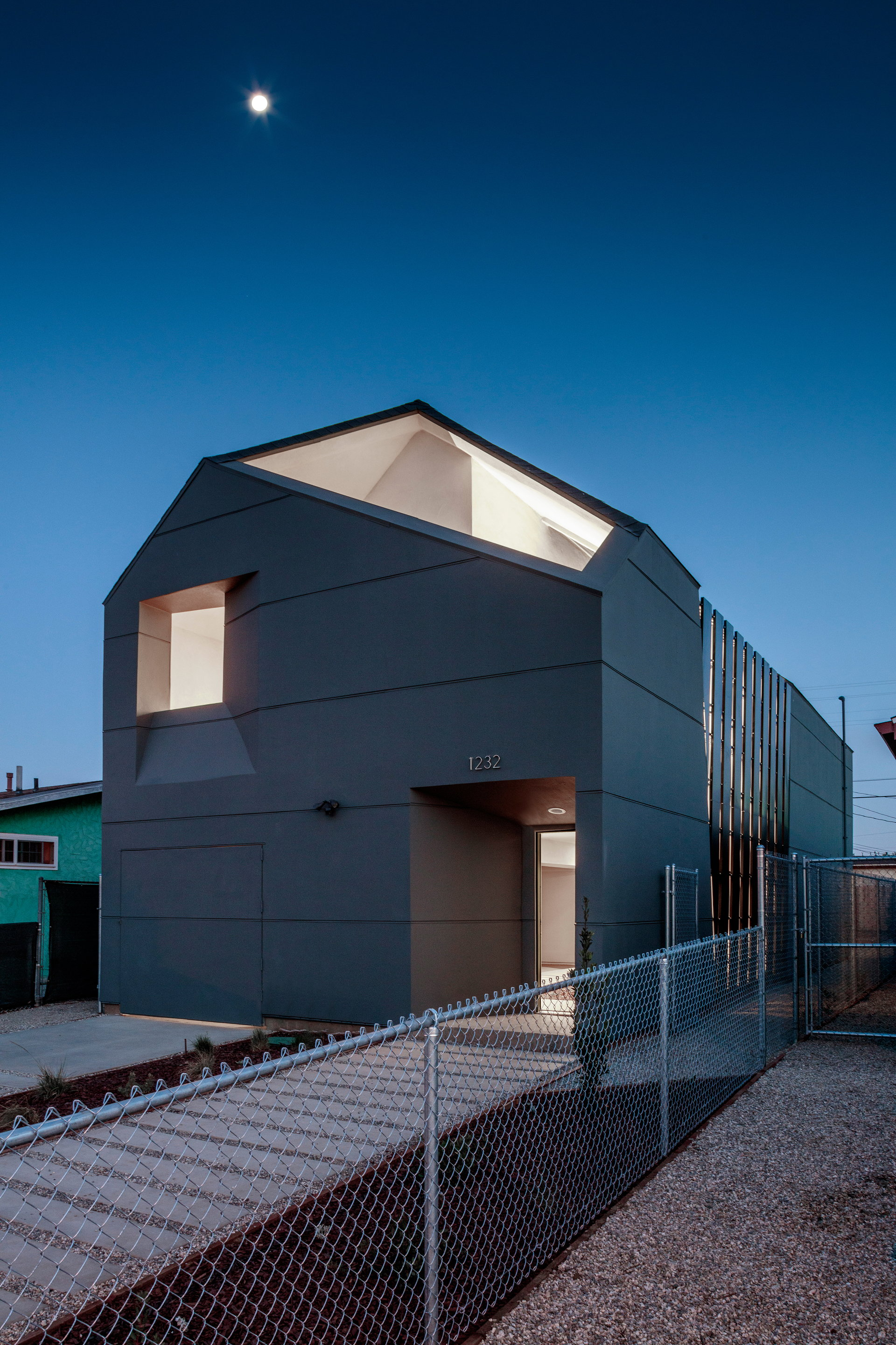 SCI-Arc and Habitat LA Complete Sustainable and Affordable Home for