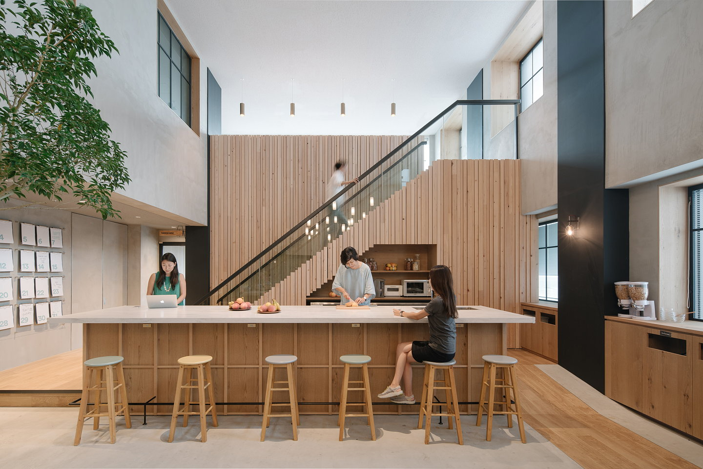 Japanese Office Design Airbnb Launches Brand New Office In Tokyo