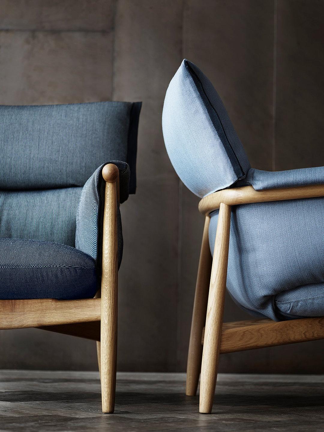 Carl Hansen Amp Son Unveils Embrace Lounge Chair