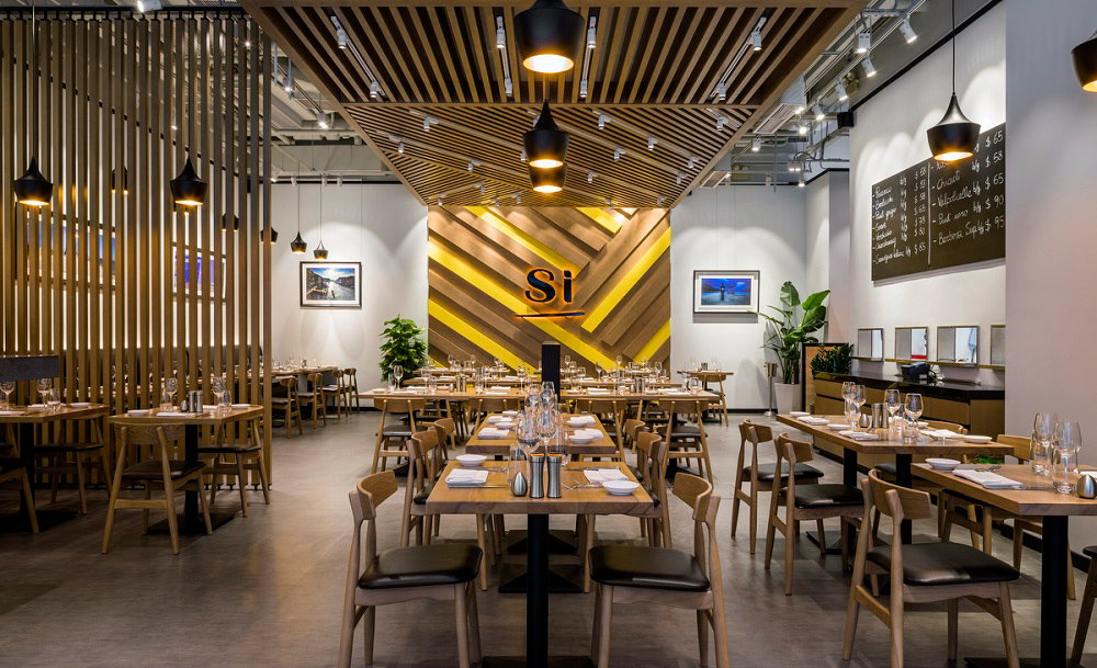 Si restaurant by star plus retail design