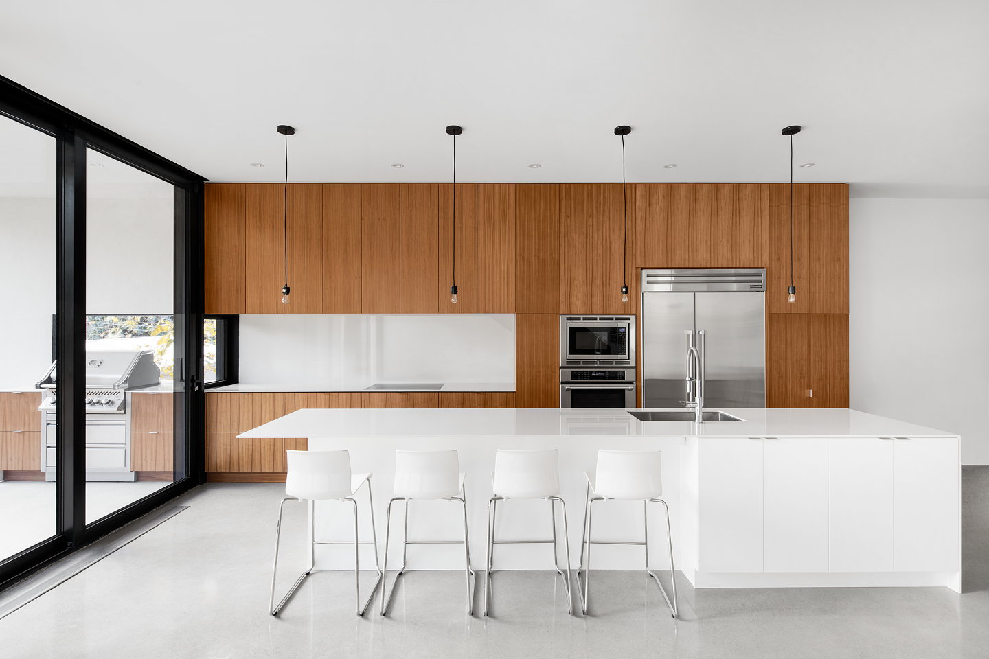 1st avenue residence by architecture microclimat for Designer interieur montreal