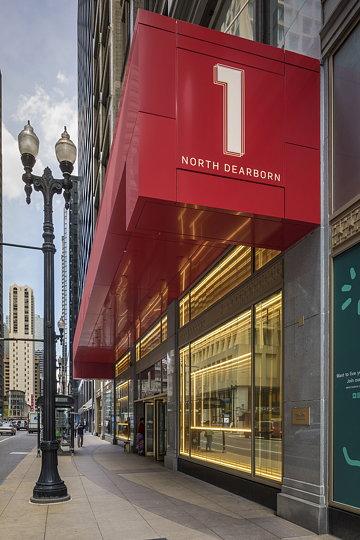 1 North Dearborn Light Installation 02