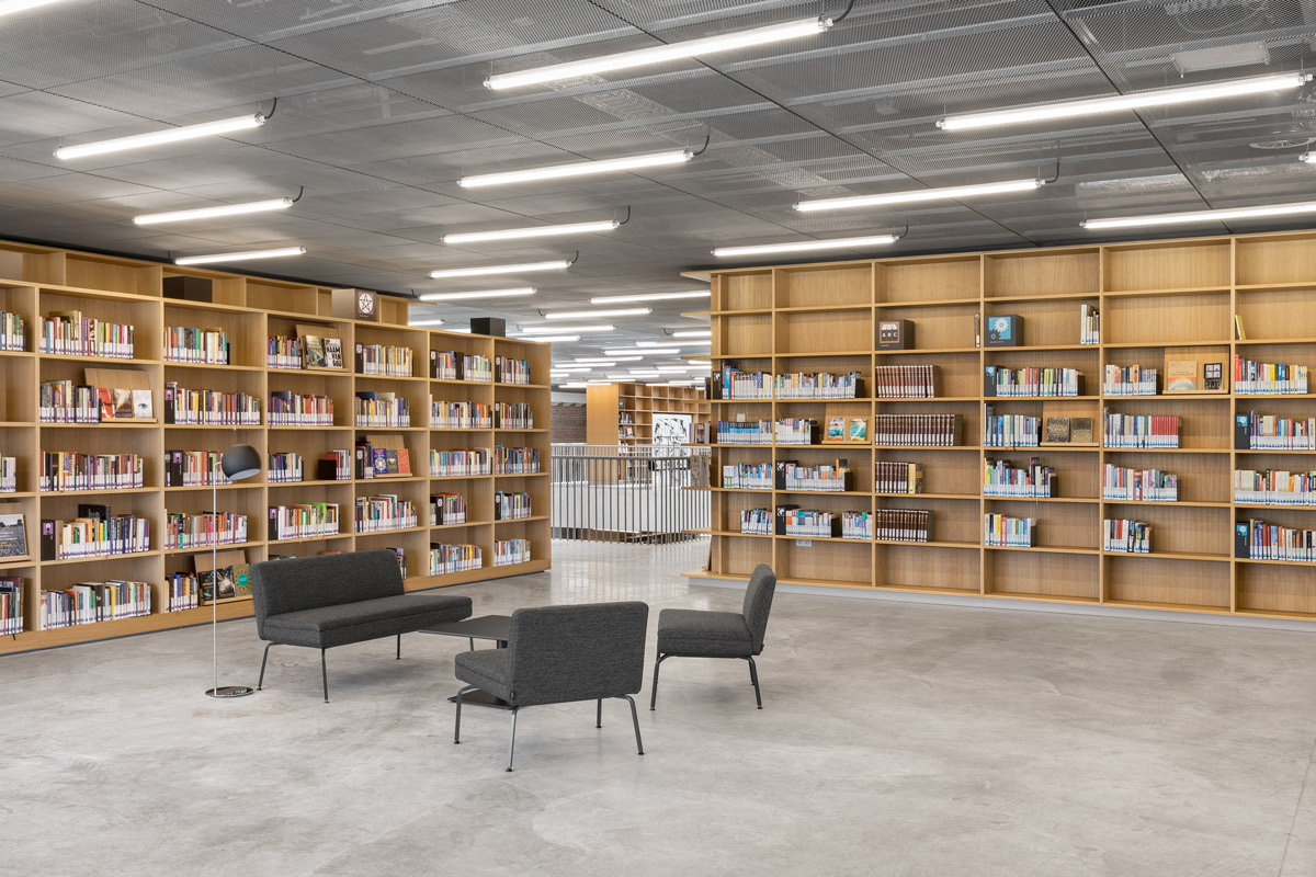 KAAN Architecten Completes Utopia: Library and Academy for