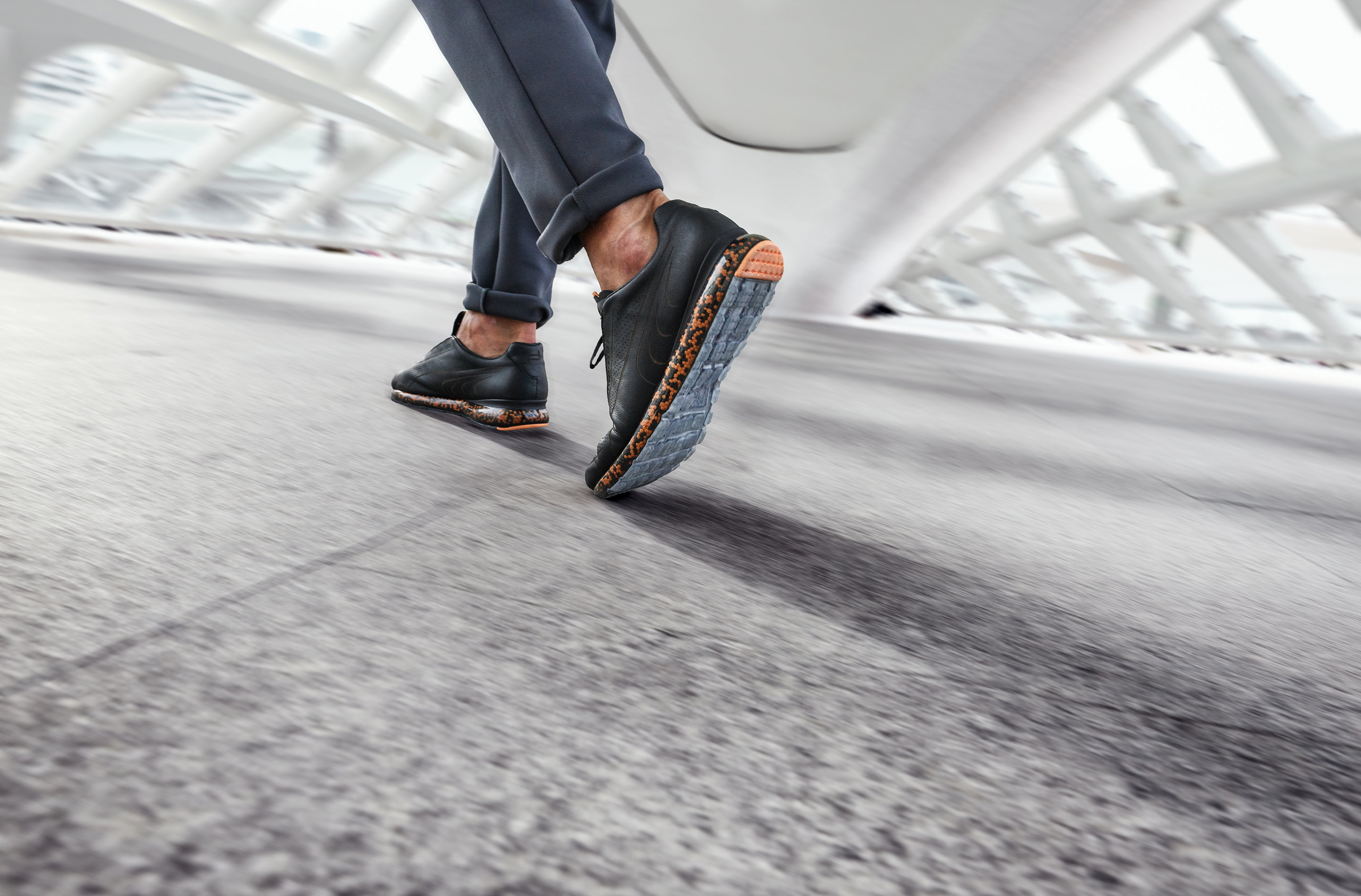 391c19284020b Porsche Design and PUMA Launch Lifestyle and Performance Wear for ...