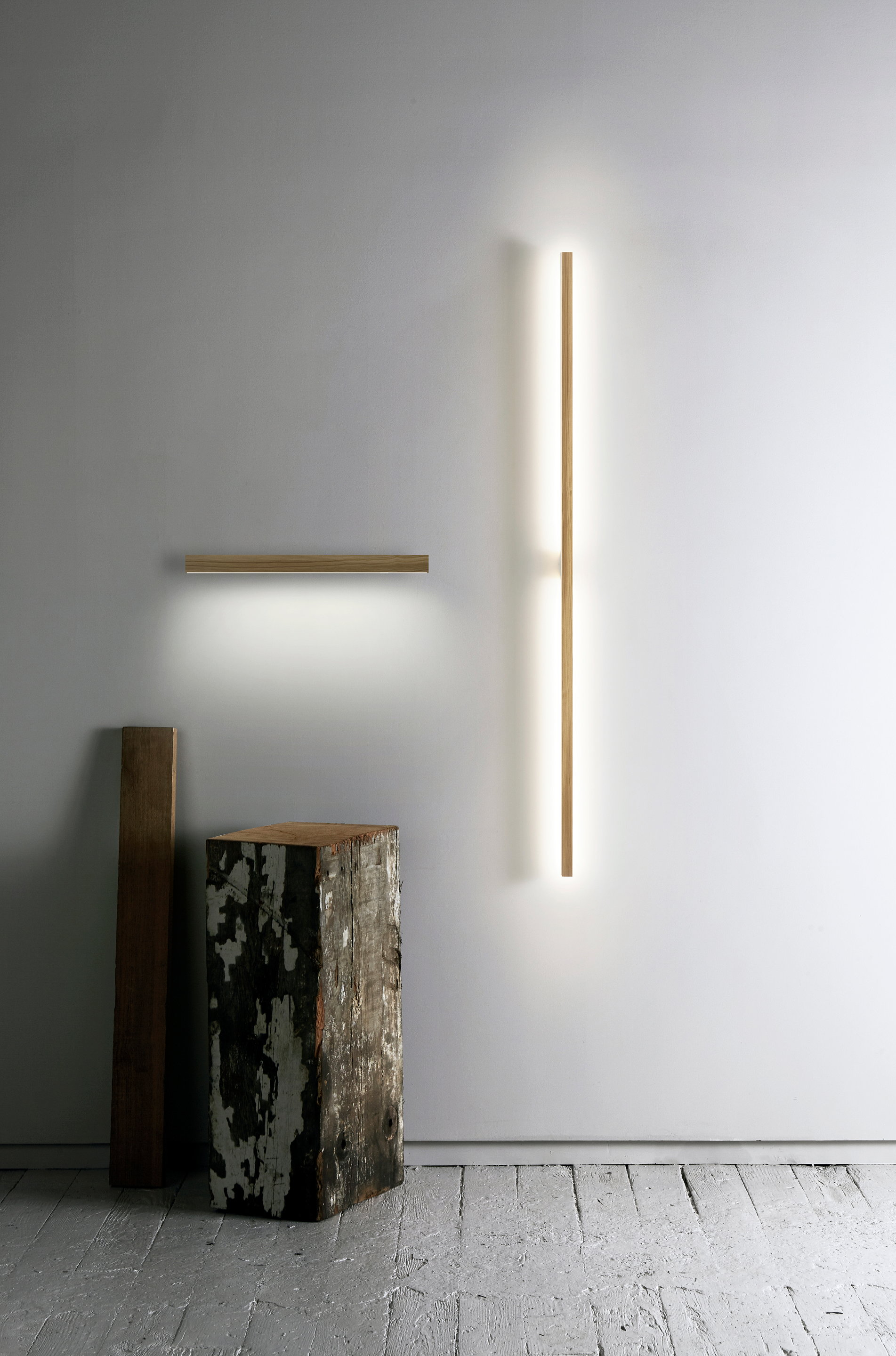 Stickbulb RAY Sconce