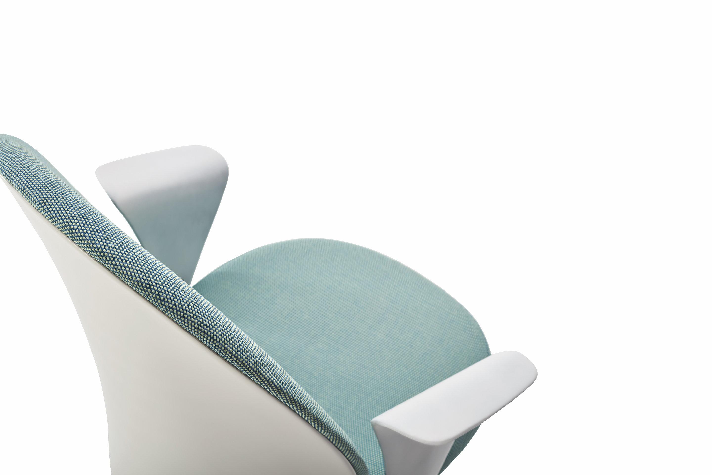 Essa Light Task Chair