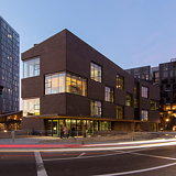 Skylab Completes Innovative Mixed-Use Building 'Sideyard' in Portland, OR