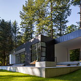 Heliotrope Architects Completes Collector's Retreat in Orcas Island