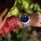Neo Smart Watch by Vodafone and fuseproject