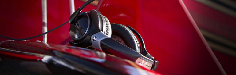BMW Group DesignworksUSA Designs Sennheiser's S1 Digital Pilot's Headset
