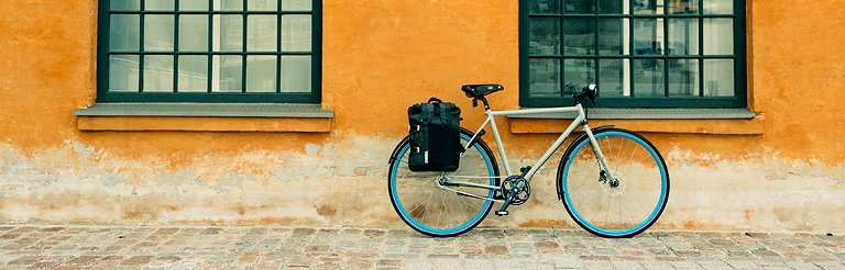 The Way I Roll - Peter Sutherland Shoots Bike Documentaries for Thule Group