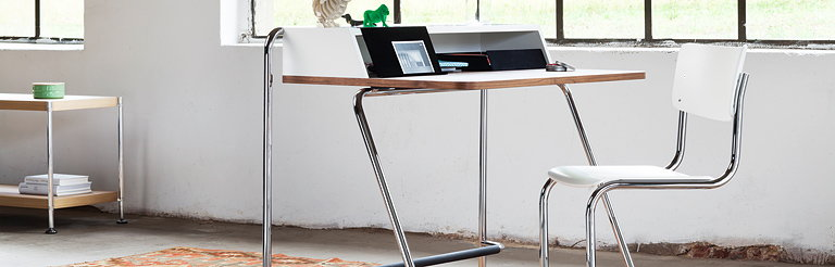 Thonet Desk S 1200 - Small, Fine and Functional