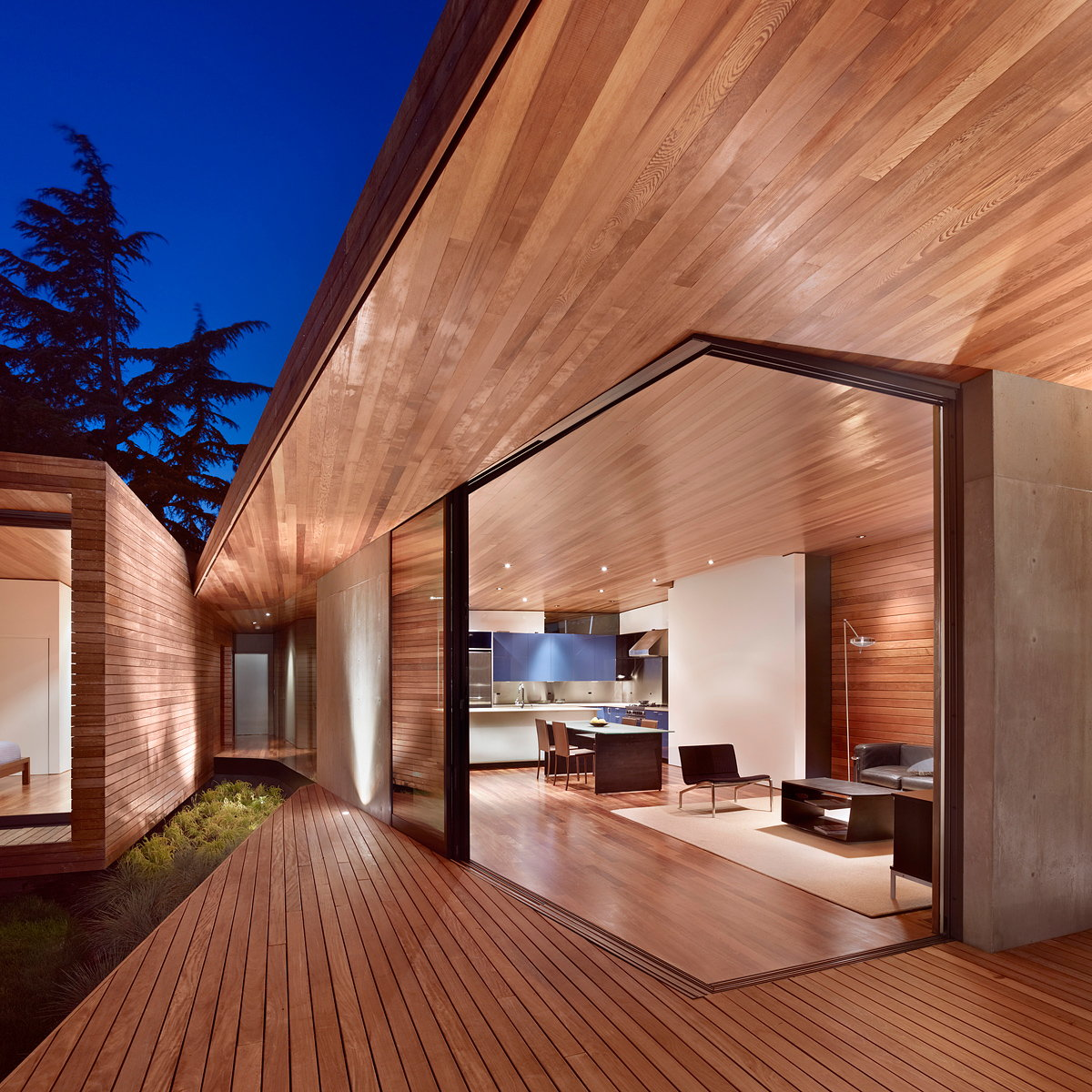 Bal House by Terry and Terry Architecture