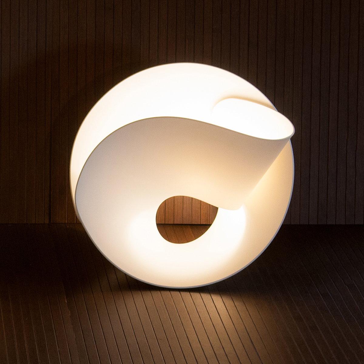 tulip lamp by pierre cabrera. Black Bedroom Furniture Sets. Home Design Ideas