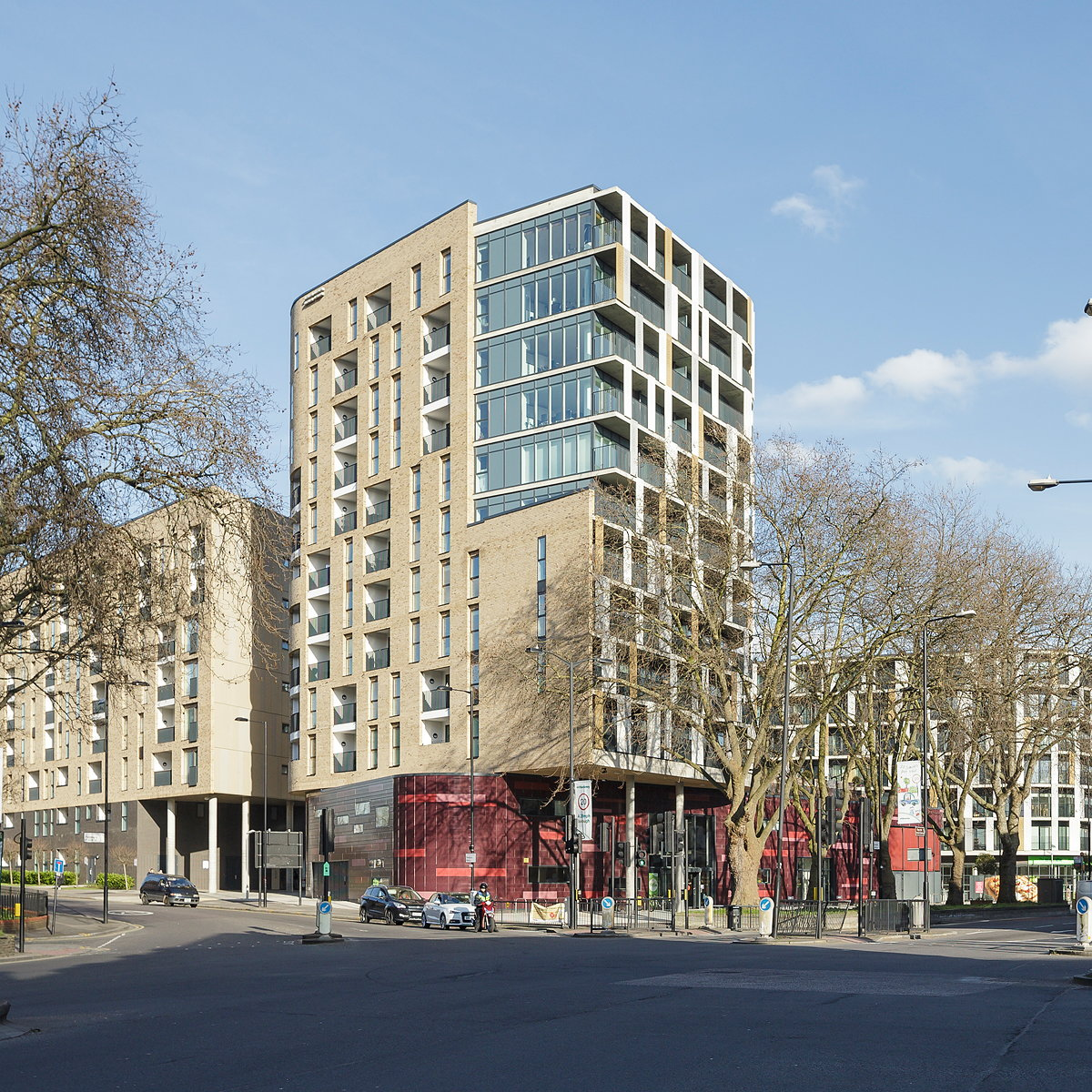 Pembury Circus Named Best Mixed Use Development at 2016 LEAF Awards