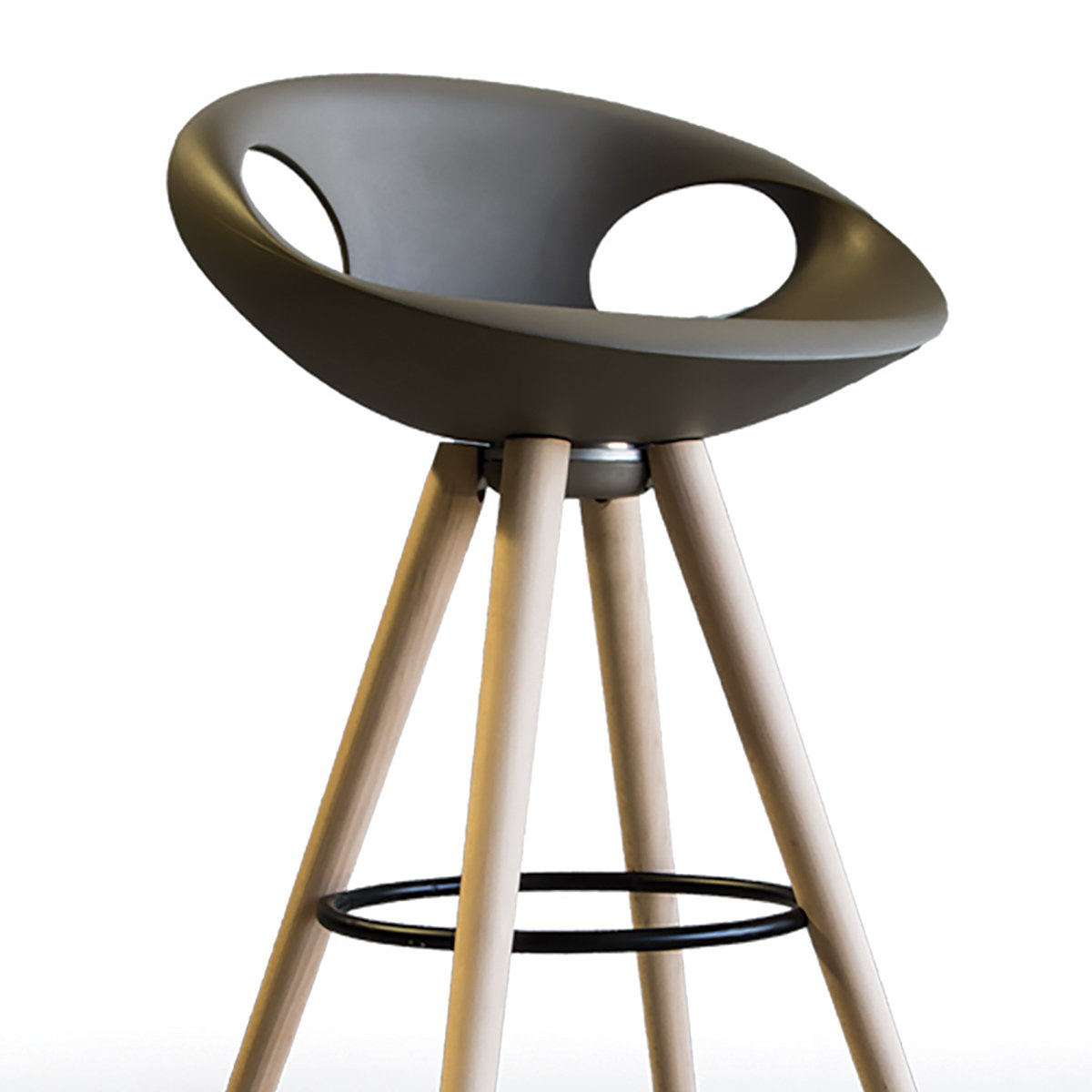 Sandler Seating Unveils New Up Stool