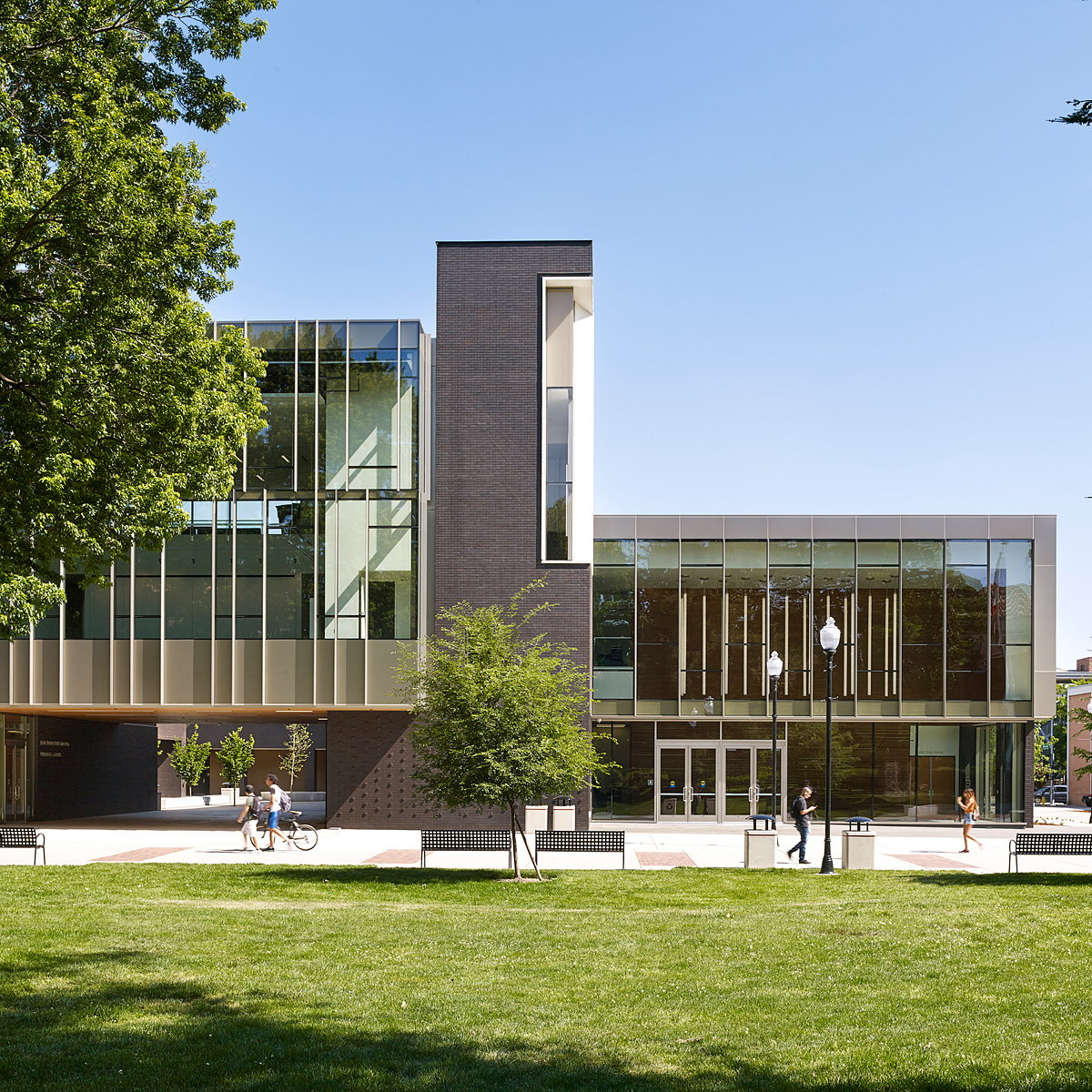 Chico State Arts and Humanities Building by WRNS Studio