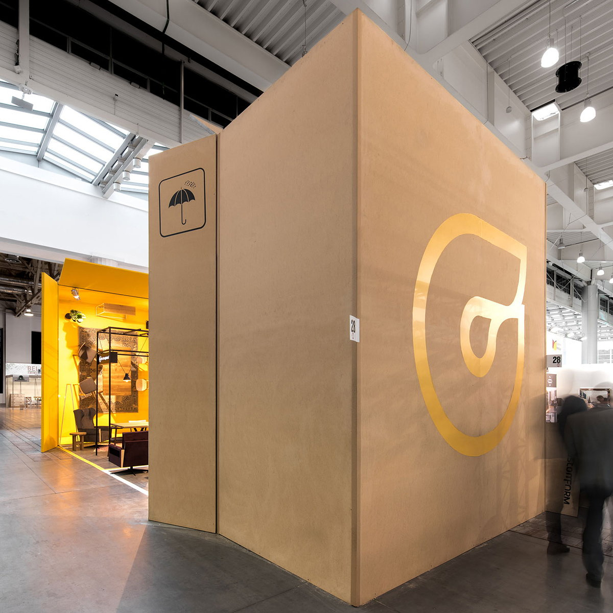 mode:lina Designs Fair Stand for CustomForm