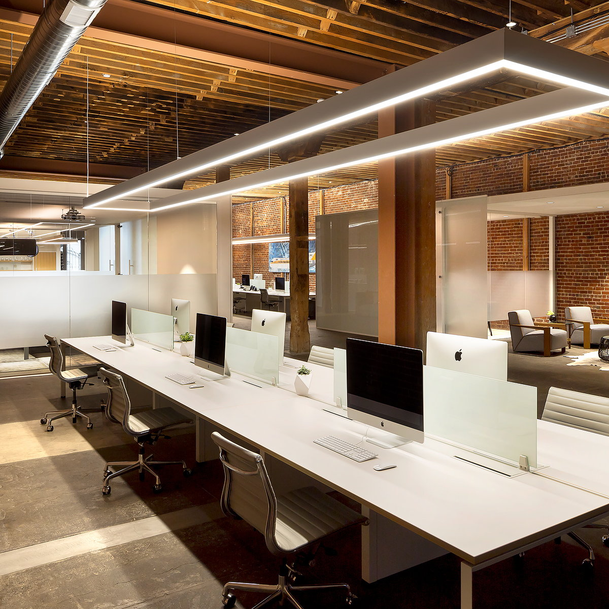 Scenic Advisement Offices by Feldman Architecture