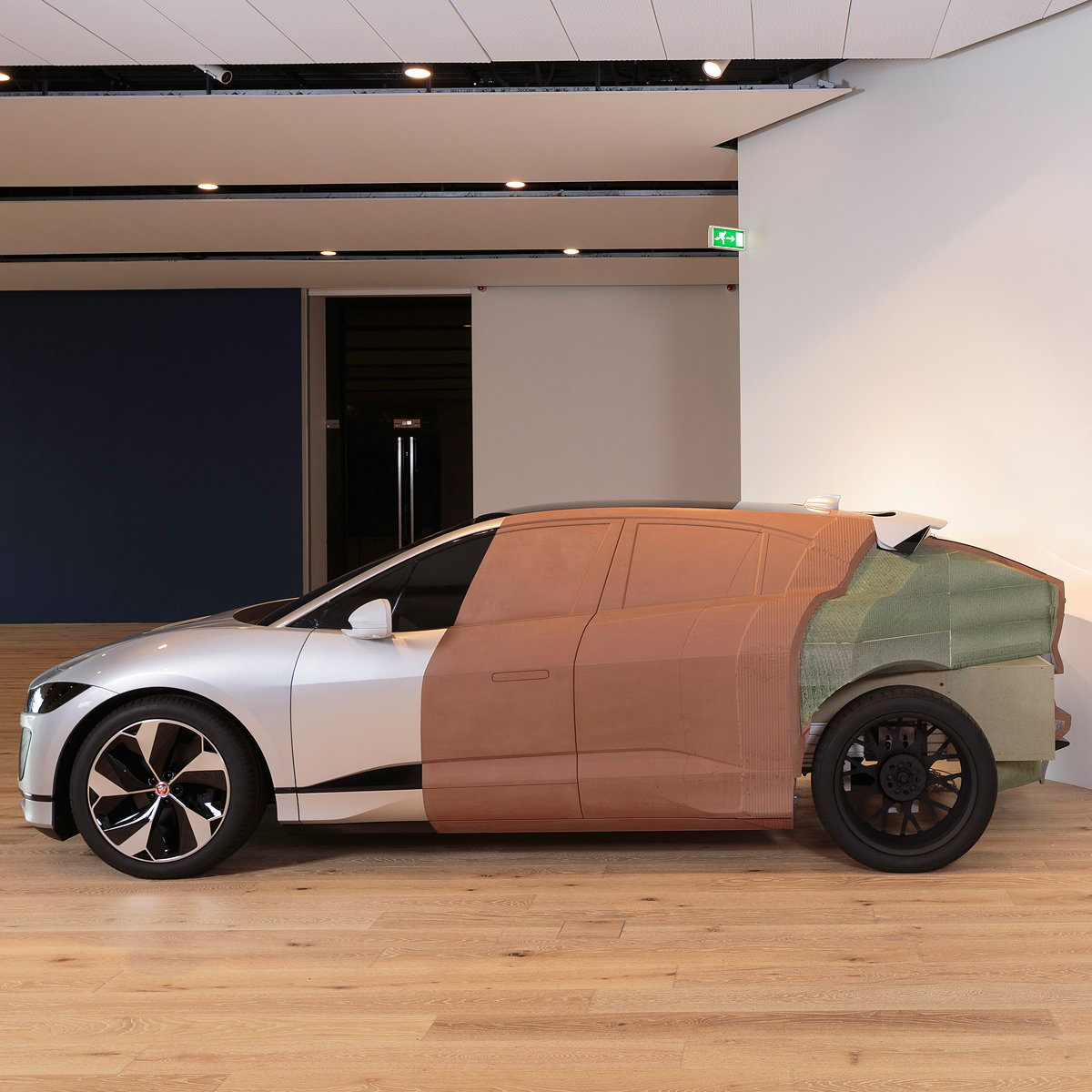 Jaguar Creates Unique Clay Model for Scotland's First Design Museum