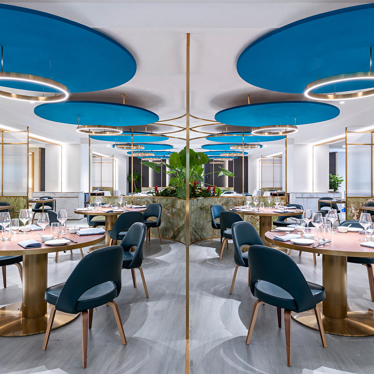 Sybarite Designs Award-winning Restaurant Beijing Kitchen at SKP Xi'an