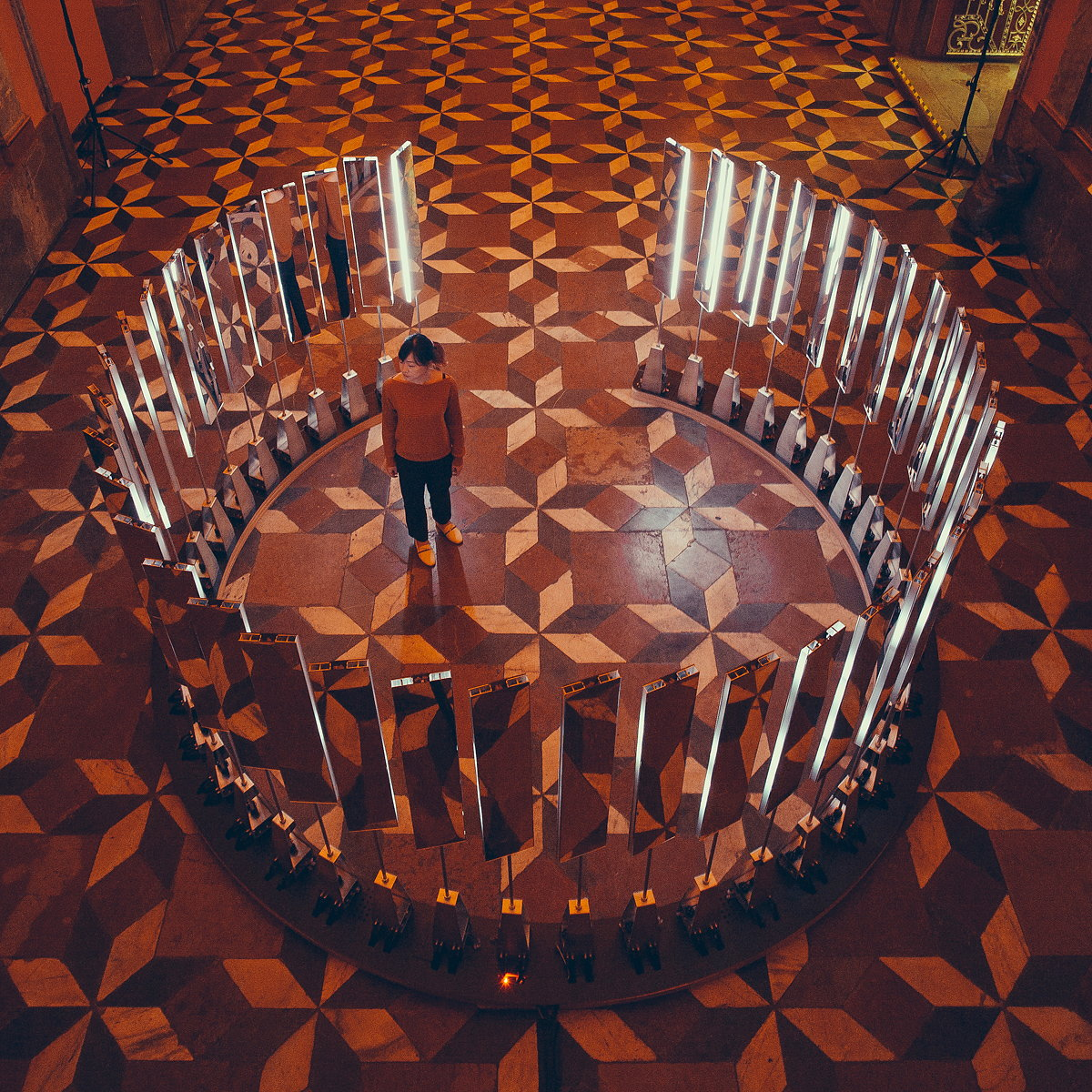 SOFTlab Designs Interactive Installation for Prague's Mirror Chapel