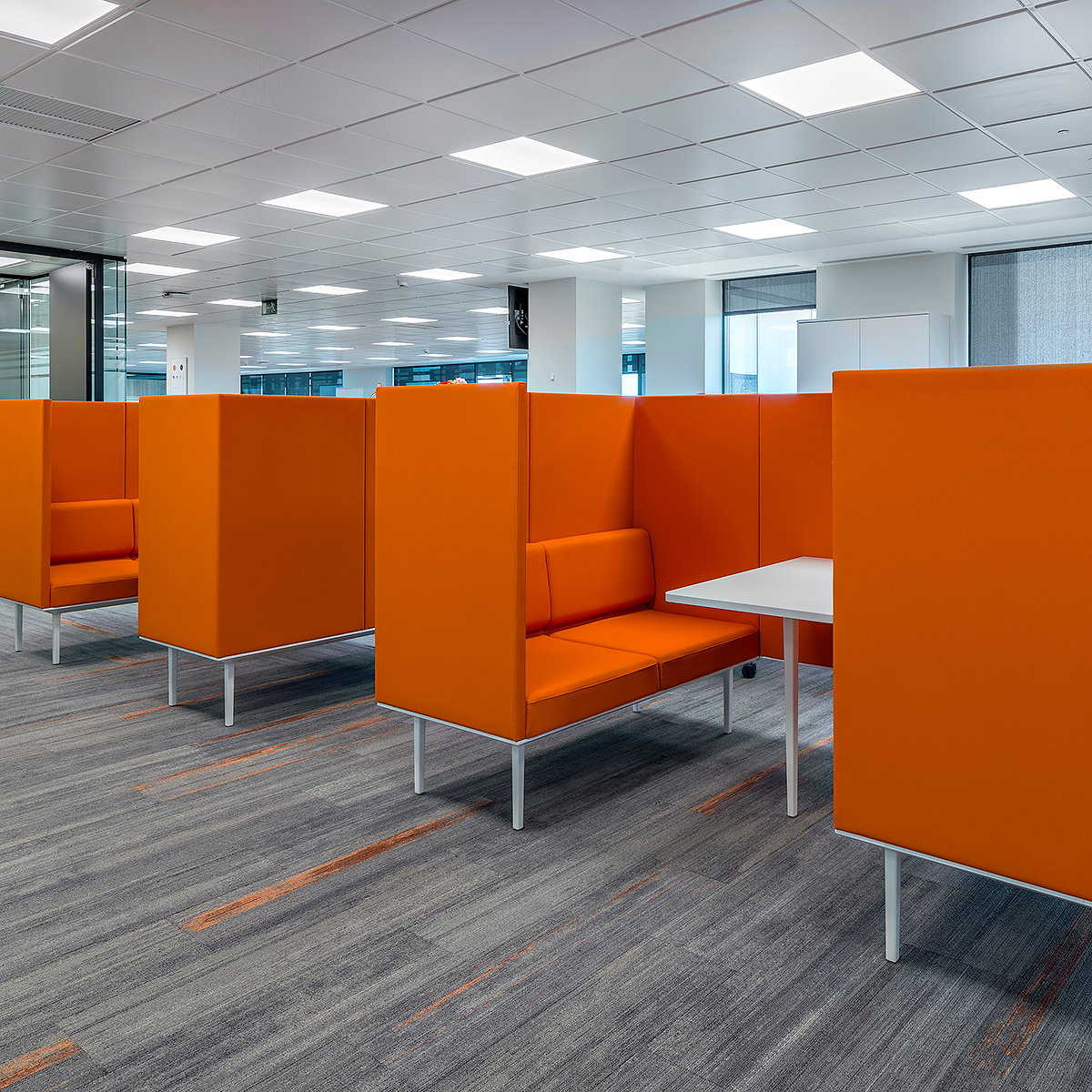 Actiu Furnishes Grupo Renault's New Offices in Madrid