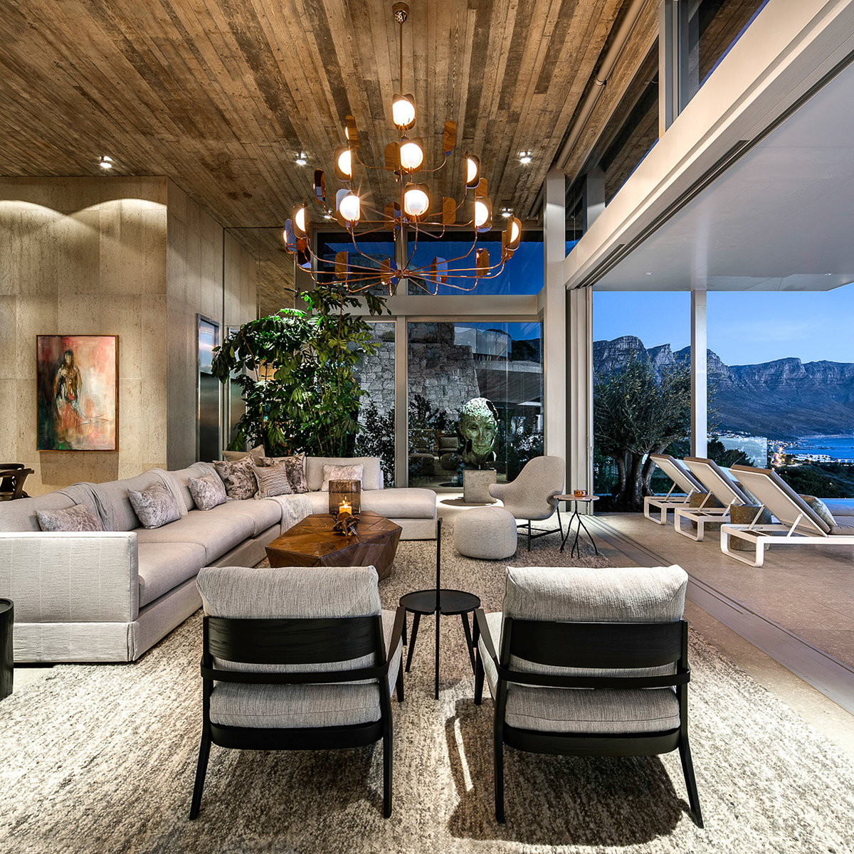 Kloof 145 by SAOTA
