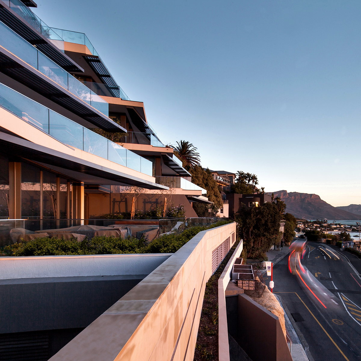 Cape Town Luxury Seaside Apartment by OKHA
