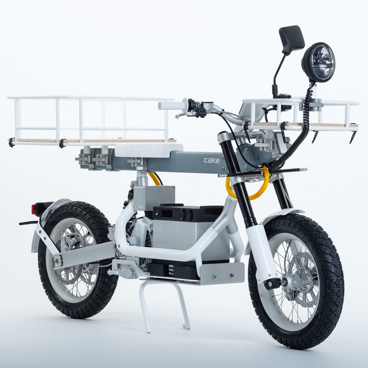 CAKE Unveils Electric On-and-Off Road Capable Utility Motorcycle Ösa
