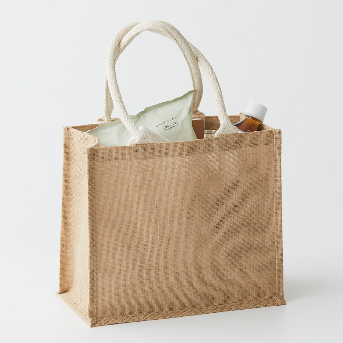 MUJI Launches New Reusable Jute Tote Bag