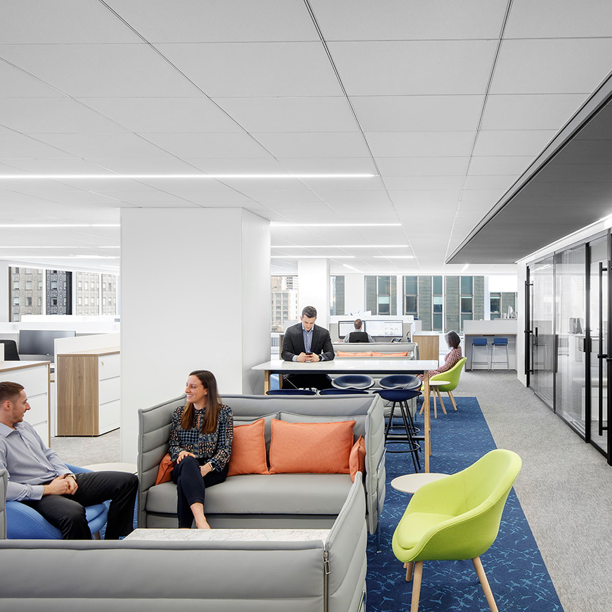 TPG Architecture Designs New NYC Workplace for Broadridge Financial Solutions
