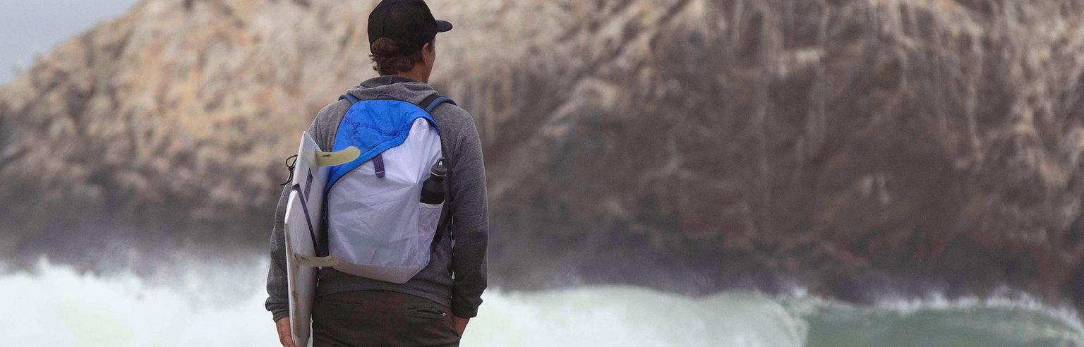 6cabebb0a90f Deep Blue Bag by Yves Behar Launches on Kickstarter